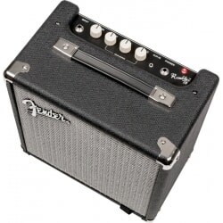 FENDER RUMBLE 15 V3