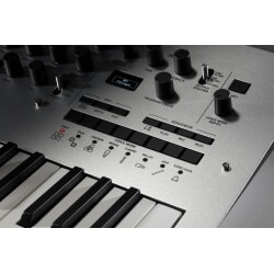 KORG MINILOGUE analogowy polifoniczny syntezator